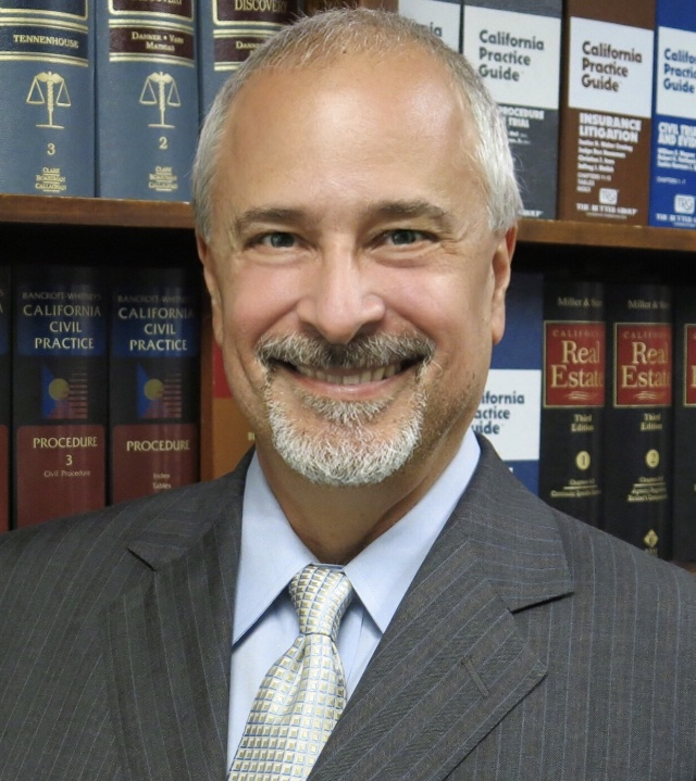 Joe Curd Litigation Lawyer